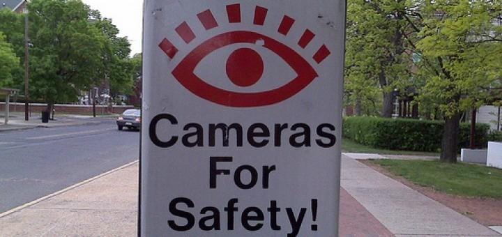 4566635079_06ef025b77_camera-safety