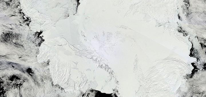 11822809516_cc7fe8abce_Antarctica