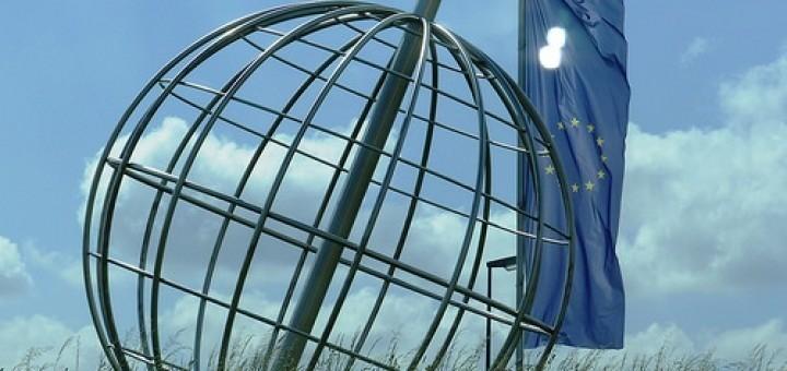 14315142591_2e81e961af_eu-euro