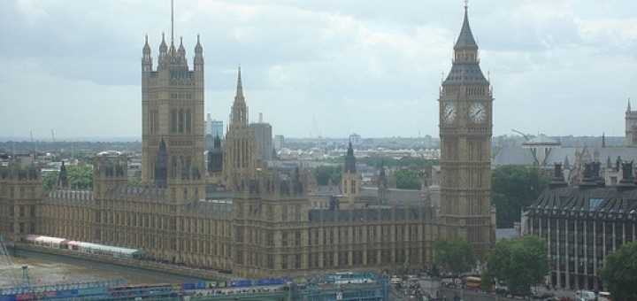 2469641739_60fbea812d_england-goverment