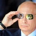 EU zinkt nog dieper: Rusland is de schuldige voor opkomst van Gele Hesjes revolutie