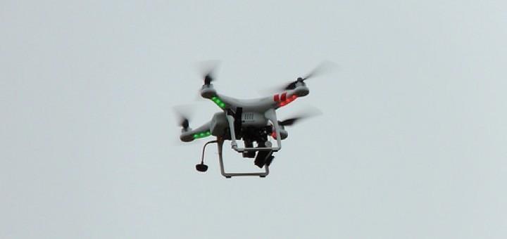 14757621271_f9e93d8bb5_drone
