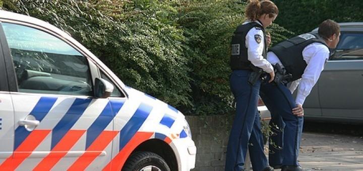 5055184565_de700afc41_politie-pistool