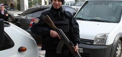 5434733790_cbab6ef688_police-turkey