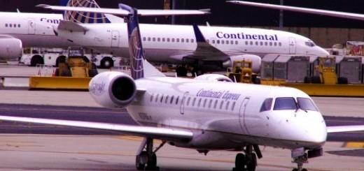 3960327321_6e25e5a542_airplanes