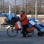 Amsterdam gaat 500 uitgeprocedeerde asielzoekers opvangen met dak, bed, bad, brood, leefgeld, casemanager en juridische steun