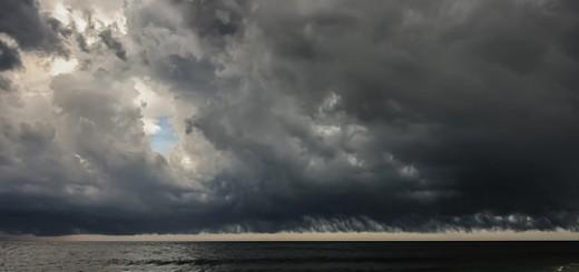 15024717463_1e8dbe2f3d_storm