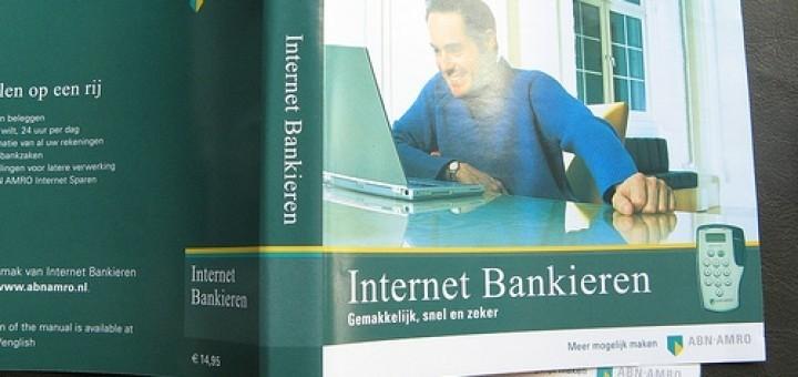 3387118397_7a62cab41c_internetbankieren