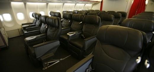 6768127981_0386c1590a_business-class
