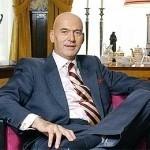 Volkert van der G. wint opnieuw rechtszaak: Staat moet dwangsom en proceskosten betalen