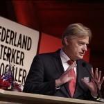Ongekend: PvdA'er Martin van Rijn(bekend van liegen over PGB-fraude) nieuwe minister voor Medische Zorg
