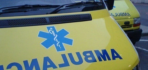 35653069_29c3db03a4_ambulance