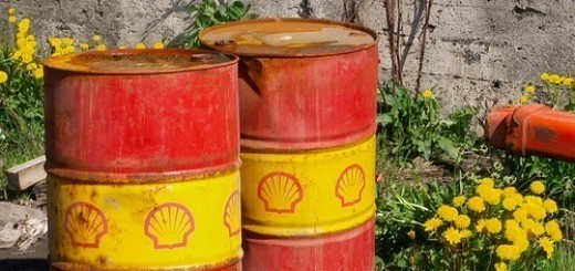 2528783826_1e611a8a8a_shell-oil