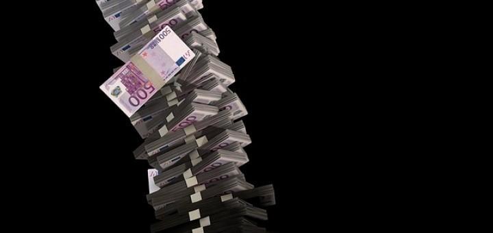 82ad0900a57e51e6_640_euros
