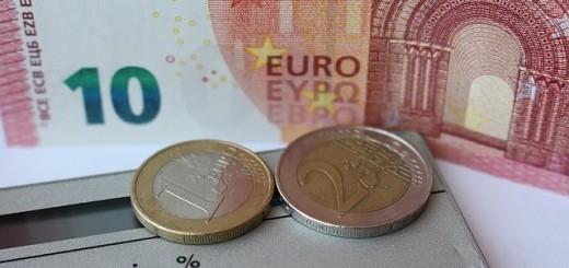 59c10b7efeebb37d_640_euro