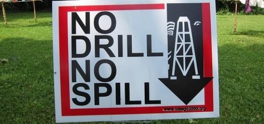 6074425131_45d1362aef_fracking