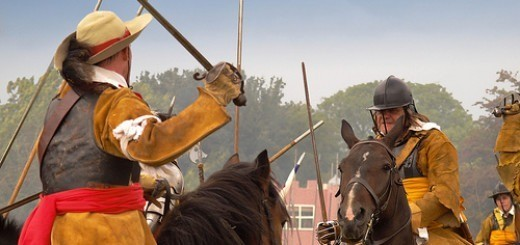 Cavalier vs Roundhead:  members of the Sealed Knot re-enact the