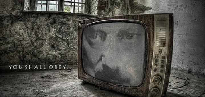 7448591936_1df34e96f0_Orwell-1984