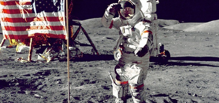 9460247018_26130de26d_america-moonwalk