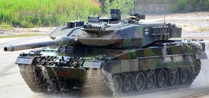 19539608278_41d3d2ba0f_Leopard-2A6