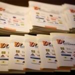 VVD tijdens verkiezingen:'illegalen actief opsporen en uitzetten', maar nutrekt VVD de portemonnee om illegalen actief te gaan onderhouden