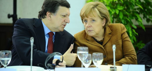 Barroso-Fuhrer-Merkel