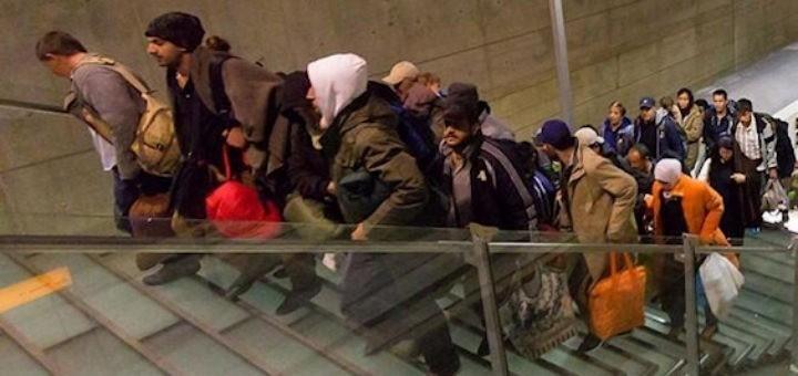bonn-vliegveld-migranten