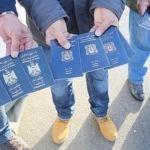 Europa's COVID-19 chaos: Lockdown voor locals, Amnestie voor honderdduizenden illegale immigranten