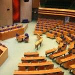 Commissie doet onderzoek naar corona maatregelen: Tweede Kamer schiet ernstig tekort bij controle regering