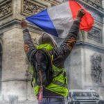 "Oei, dit wordt spannend! Franse politievakbond kondigt staking voor onbepaalde duur aan: ""uit solidariteit met de Gele Hesjes"""