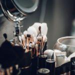 Hormoonverstoorders in cosmetica en verzorgingsproducten veroorzaken vroegere puberteit bij meisjes
