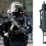 Franse oproerpolitie zet semi-automatische wapens met scherpe munitie in tegen de gele vesten