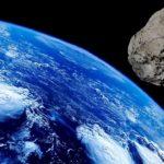 Asteroïde zo groot dat het zijn eigen maan heeft, raast dit weekend langs planeet Aarde