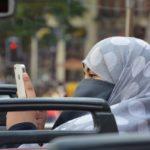 Coronacrisis: Mensenrechten schendende islamitische dictatuur neemt groot belang in Disney, Boeing en Facebook