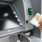 Plofkraken als excuus voor cashloze samenleving?