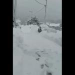 Griekenland krijgt monsterhoeveelheid sneeuw, pak van 4 meter en mensen zaten 10 dagen opgesloten
