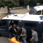 Politie knokploeg betrapt: Duidelijke videobeelden van wie er begonnen zijn om agressie te vertonen!!