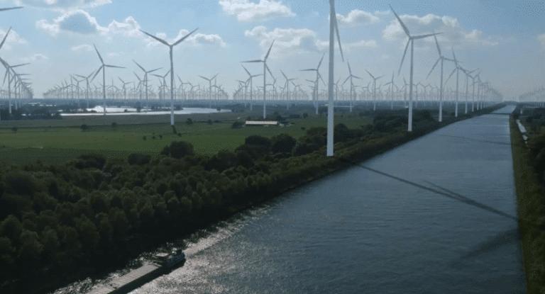 nederland-moet-%C3%A9%C3%A9n-groot-zon--en-windpark-worden